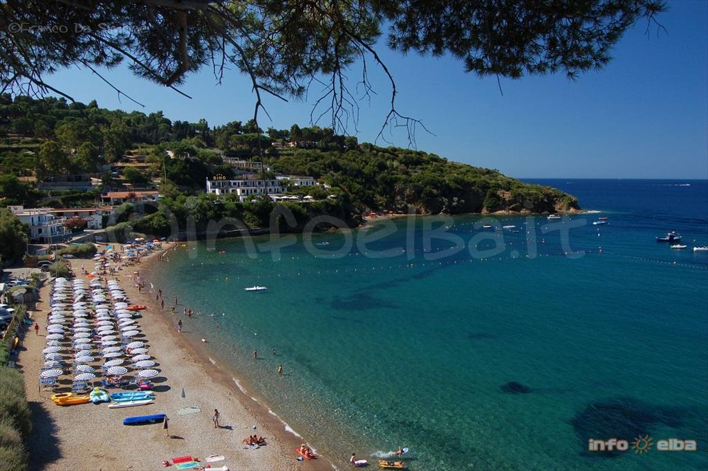 Pareti Fotografie : Strand pareti in capoliveri auf der insel elba